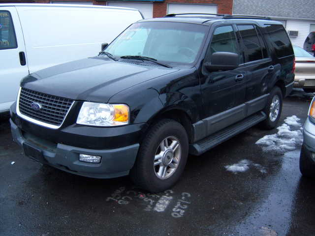 2003 New Style Expedition Xlt, Leather,3rd Row, Moonroof