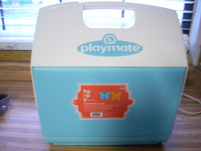 Igloo Playmate Cooler 24quart Excellent Condition!