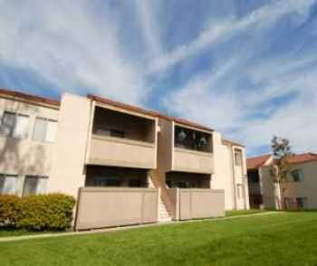 3bed2bath In Vista, Pool, Walkin Closets, Ac
