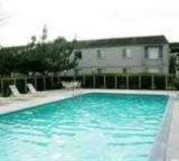 Sacramento Apts W Pool, Large Walkin Closets!