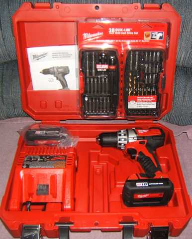 Milwaukee Drill & Drive Set Plus 38 Piece Quik - Lok Set