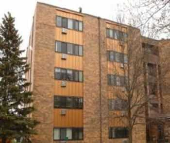 2bed1bath In Chisholm, Near Shops, Elevator