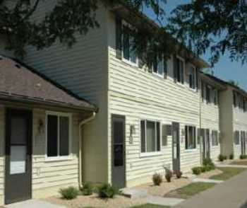 3bed2bath In Mora, Large Closets, Private Patios