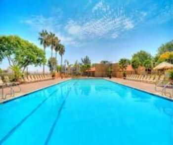 San Diego Apts W Pool, Spa, Tennis Courts!