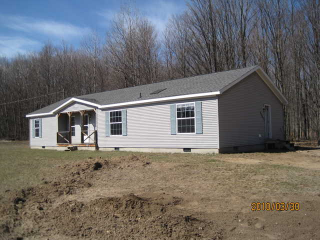 3 Bd / 2br House On 1.2 Acres