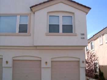 Very Nice 2 Bedroom Condo In A Gated Community