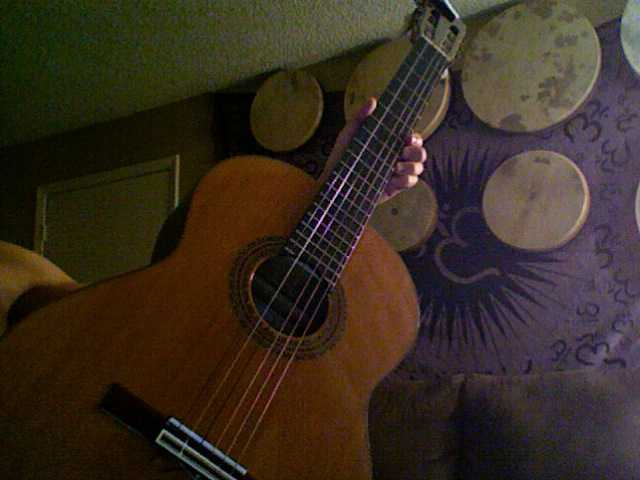 Cordoba Model 40r Flamenco Guitar And Other Items