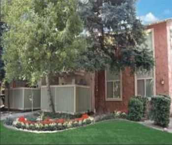 Newly Renovated Fair Oaks Apts W Covered Parking!