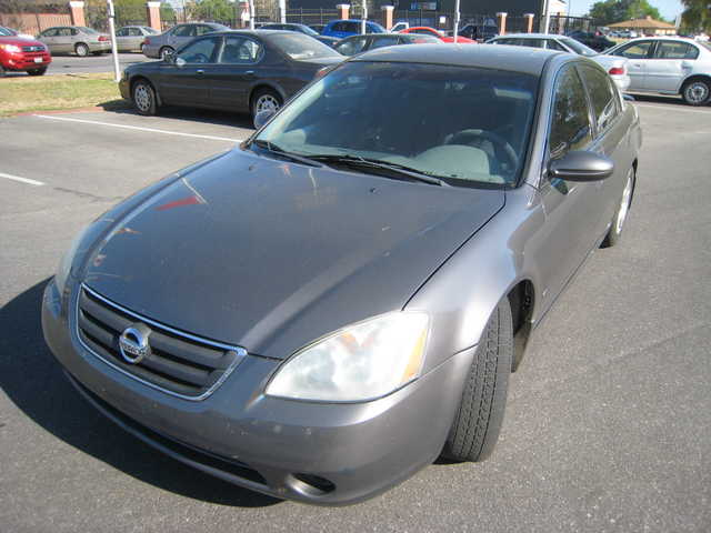 2002 Nissan Altima 2.5 S Sedan 4d - $4500 (Troy)