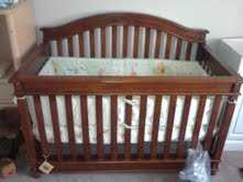 Brand New Baby Crib / Toddler Bed