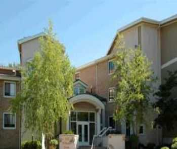 Burnsville, Mn Apts W Playground And Pool!
