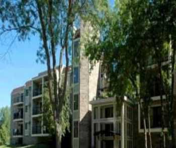 Minnetonka Apts Close To Downtown Minneapolis!