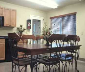 Studio In Citrus Heights, Pool, Gym, Spa, Gate