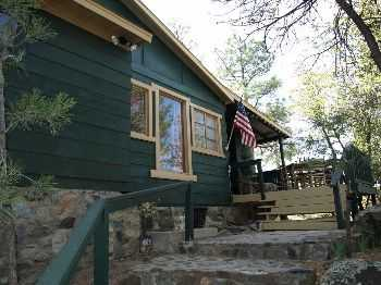The Cutest Cottage In The Pines And Boulders!