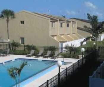 2bed1bath In Indian Harbour Beach, Pets Ok, Pool