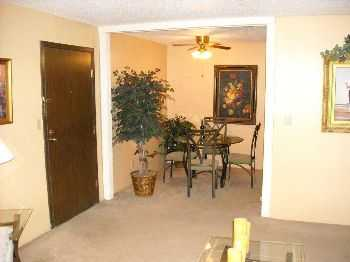 Wichita, Ks Apts Near Shopping, Dining, Night Life