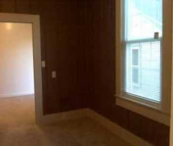 Cable Ready Sparks 1 Bed W Breakfast Nook