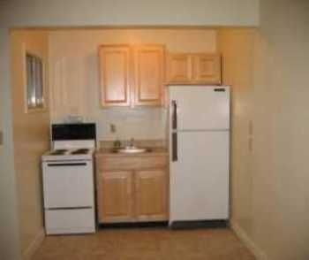 1 Bed In Sparks W Breakfast Nook, Family Room