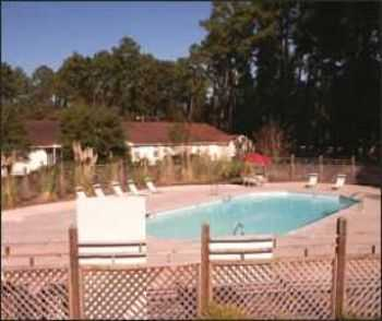 Pool, Sundeck, Spa, Tennis Courts Much More!