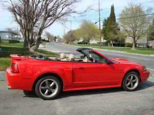 2003 Red Ford Mustand Convertible Top