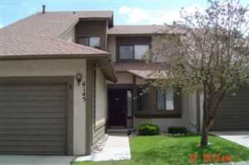 Southwest 2 Story, 2 Bedroom Town Home For Rent!