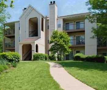 Pet Friendly Gaithersburg 2 Bedroom Apt.