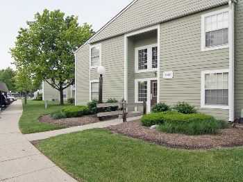 Large Apts Townhomes In Northwest Indianapolis