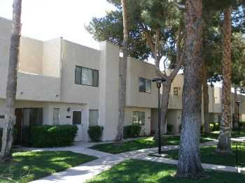 Condo Gated Community With Comm. Pool! Southeast