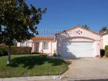 Beautiful 3 Bedroom Home With Nice Yard And Patio