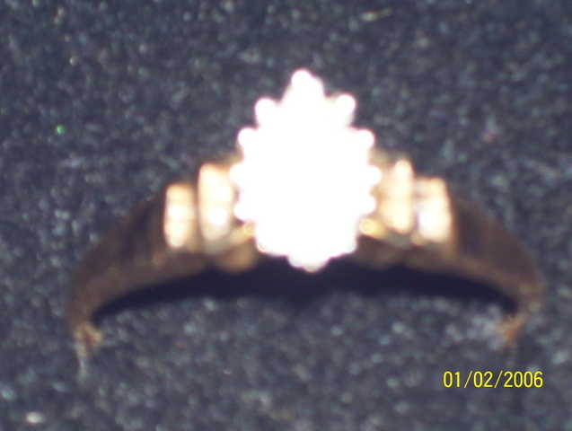 Gold Diamind Cluster Ring