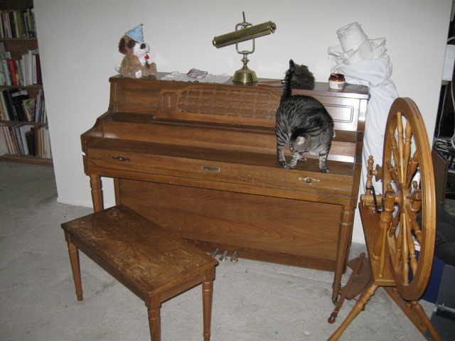 Upright, Spinet Piano