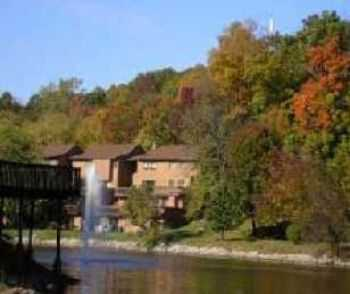 2bed1bath In Maryland Heights, Fishing Pond, Pool