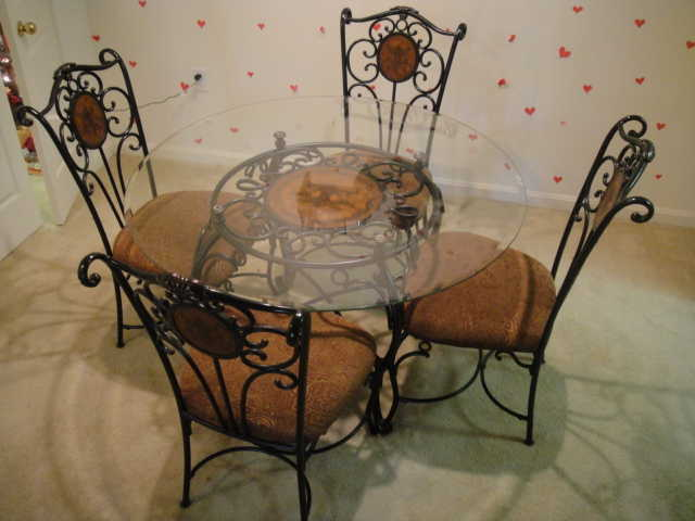48 Round Glass Dining Table 4 Chairs New 499
