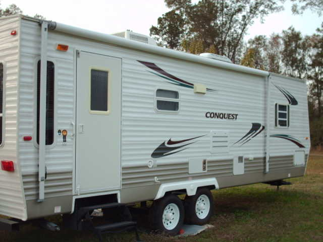 2008 Conquest Travel Trailer - 26 Ft