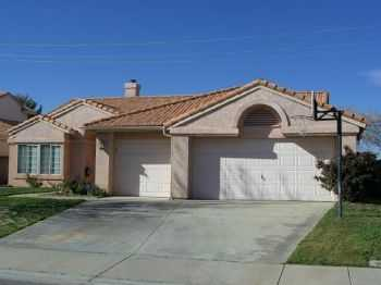 4+2 W. Palmdale Rancho Vista Home New Paintcarpet