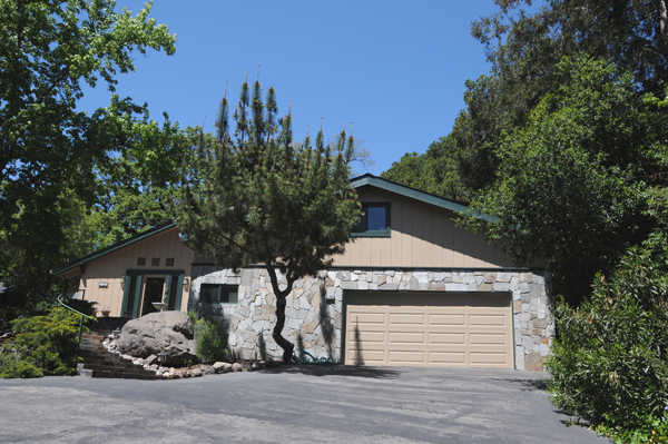 Sale By Owner / New Remodel / N. E. Santa Rosa / 4 Bd / 2.5 / Ba / Private