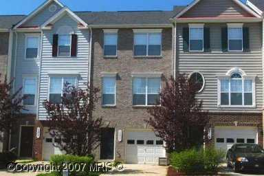 Beautiful 3 Level 3 Bedroom Townhome