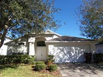 32 Pool Home In Kissimmee