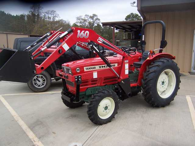 4wd Tractor With Loader / 1 Year Warranty / Financing