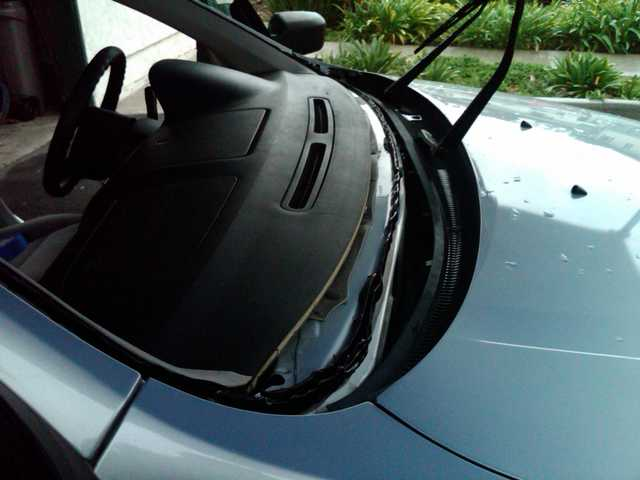 Windshield Repair - Replacement