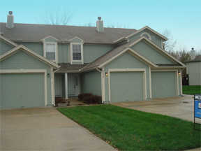 Condo For Sale In Lees Summit, Missouri