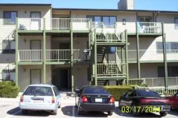 Large 2 Bedroom Units Near Downtown!