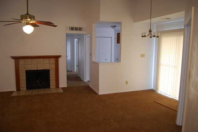 3 Bedroom 2 Full Bath Living Fireplace Garage Home For Rent
