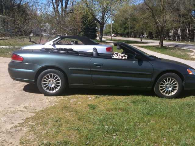 2005 Convertible Chrysler Sebring Touring 2d