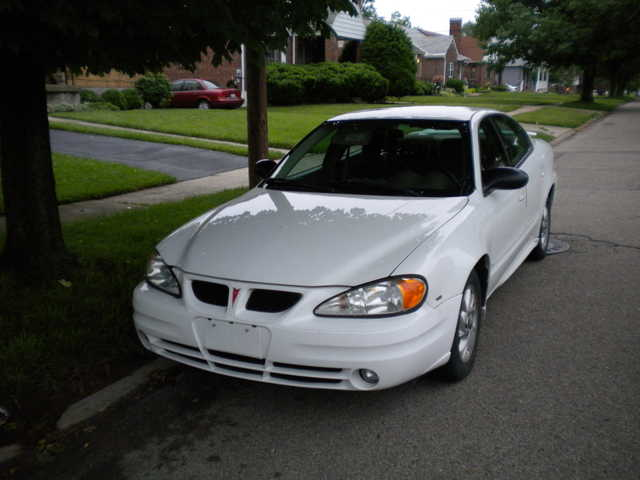 Pontiac Grand Am Se 2004 - $9,000