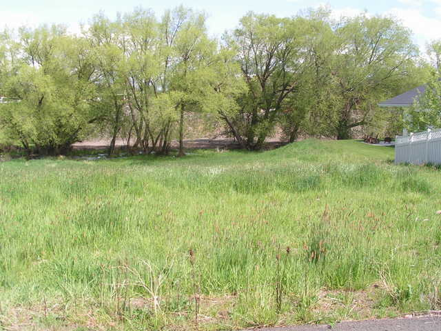 Two Vacant Lots! Right In Town! Great! With All Utilities!