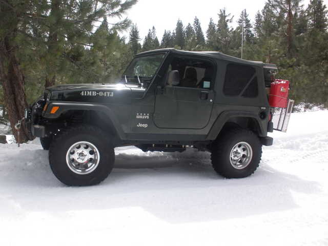 2004 Jeep Wrangler - Willy's Army Edition
