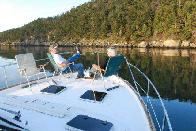 Cruise Control: Dinner Cruises & Yachting Charters