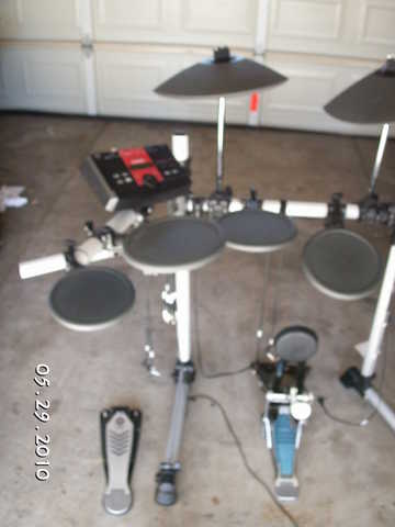 Yamaha Dtxplorer 5 Piece Drum Set
