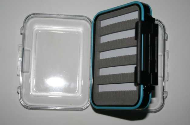 Double Sided, Clear Lids Fly Box - Holds Up To 240 Flies